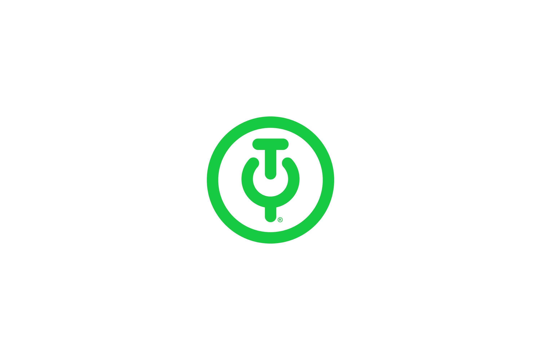 Chris-Reynolds-Logos-Tech-Yeah-2